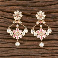 300867 Kundan Classic Earring With Gold Plating