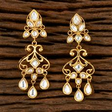 300882 Kundan Delicate Earring With Gold Plating