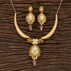 301125 Kundan Delicate Necklace With Matte Gold Plating