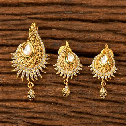 350078 Kundan Classic Pendant set with gold plating