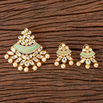 350233 Kundan Classic Pendant set with gold plating