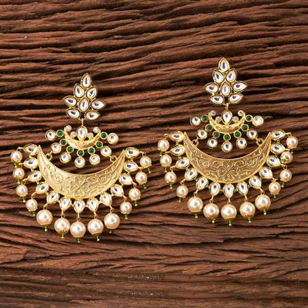 350296 Kundan Classic Earring with Gold Plating