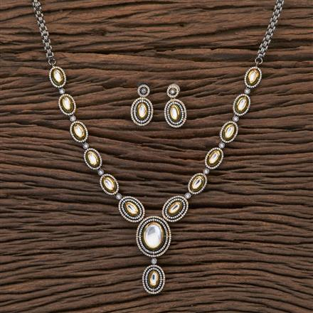 350435 Kundan Classic Necklace With Black Plating