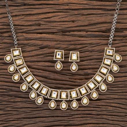 350440 Kundan Classic Necklace With Black Plating