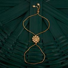 350490 Kundan Classic Hath Pan With Gold Plating