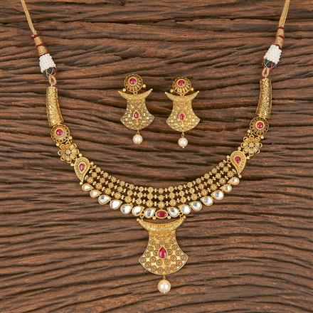 350569 Kundan Classic Necklace With Matte Gold Plating