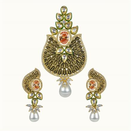 40041 Kundan Fusion Pendant Set with gold plating