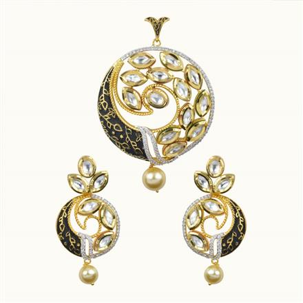 40059 Kundan Classic Pendant Set with 2 tone plating