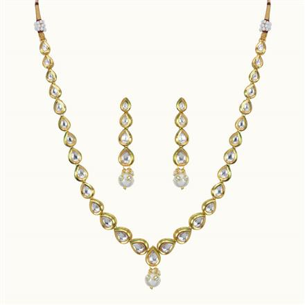 40090 Kundan Delicate Necklace with gold plating