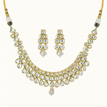 40099 Kundan Classic Necklace with gold plating