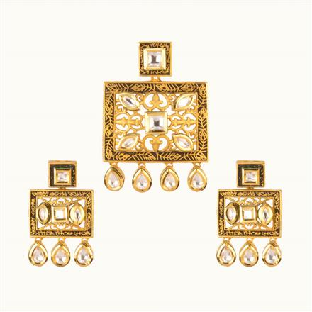 40113 Kundan Fusion Pendant Set with gold plating