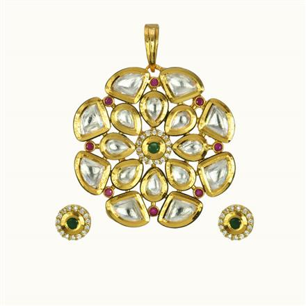 40117 Kundan Classic Pendant Set with gold plating
