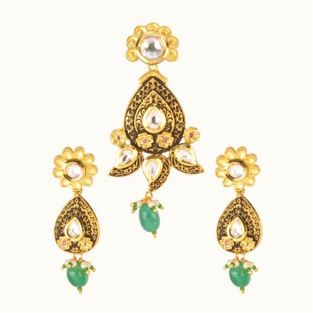 40120 Kundan Fusion Pendant Set with gold plating