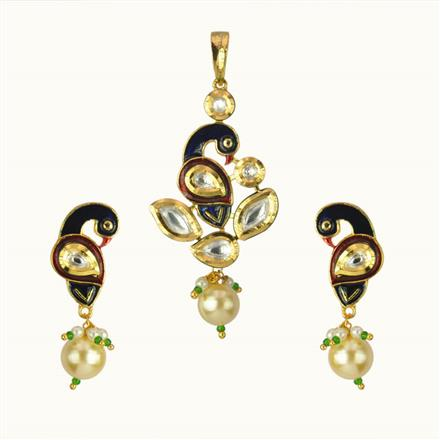 40124 Kundan Peacock Pendant Set with gold plating