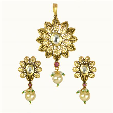 40126 Kundan Fusion Pendant Set with gold plating