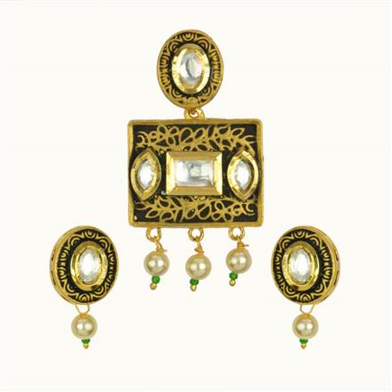40129 Kundan Fusion Pendant Set with gold plating