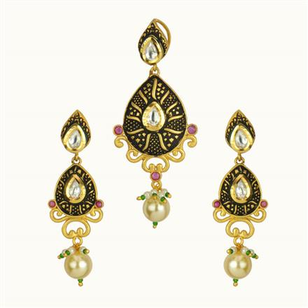 40140 Kundan Fusion Pendant Set with gold plating