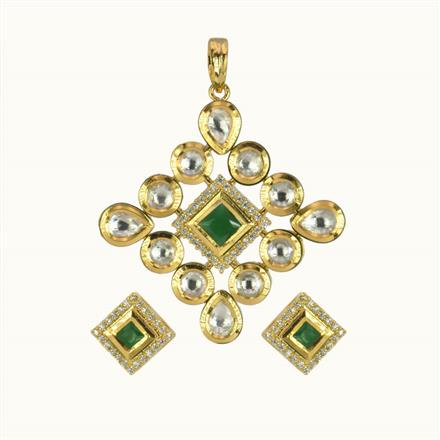 40162 Kundan Classic Pendant Set with gold plating