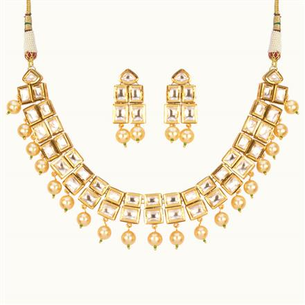 40176 Kundan Classic Necklace with gold plating