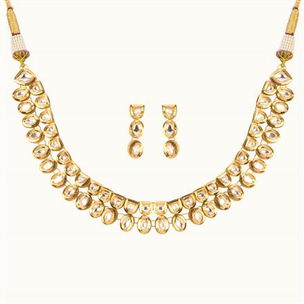 40178 Kundan Delicate Necklace with gold plating