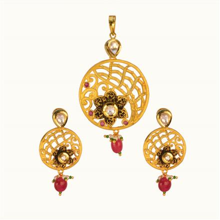 40185 Kundan Fusion Pendant Set with gold plating