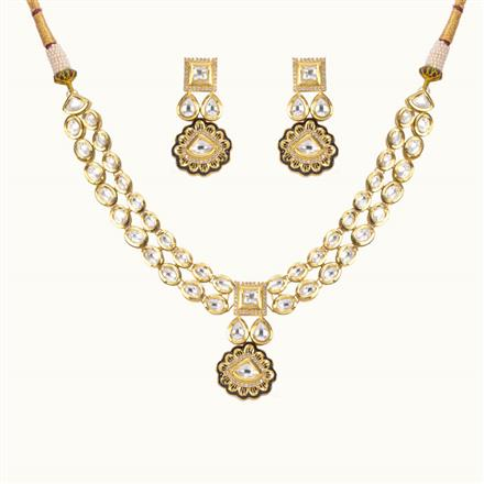 40197 Kundan Fusion Necklace with gold plating