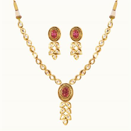 40198 Kundan Delicate Necklace with gold plating