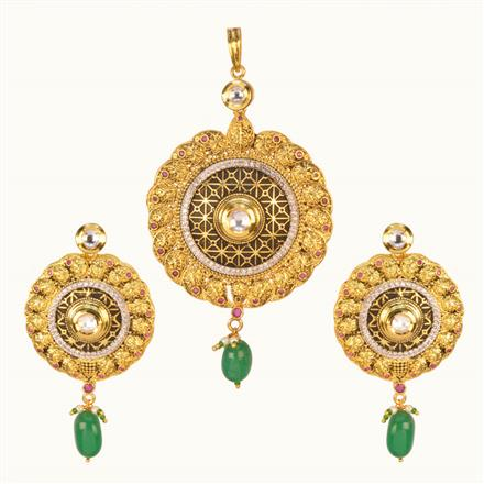 40202 Kundan Fusion Pendant Set with gold plating