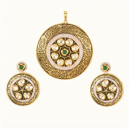 40206 Kundan Fusion Pendant Set with gold plating