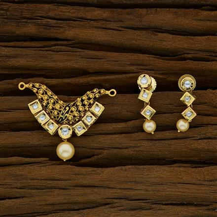 40275 Kundan Classic Mangalsutra with gold plating