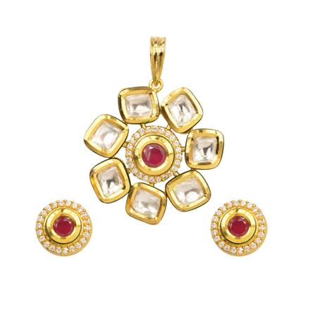40358 Kundan Delicate Pendant Set with gold plating