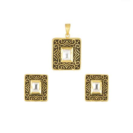 40375 Kundan Delicate Pendant Set with gold plating