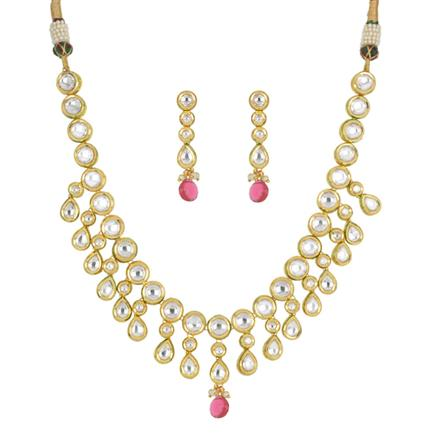 40423 Kundan Classic Necklace with gold plating