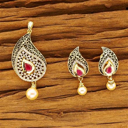 40541 Kundan Classic Pendant Set with gold plating