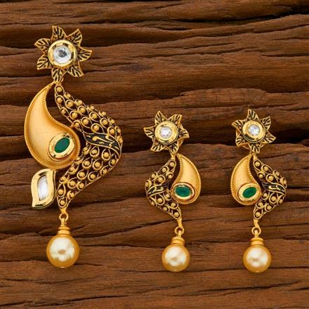 40583 Kundan Classic Pendant Set with gold plating