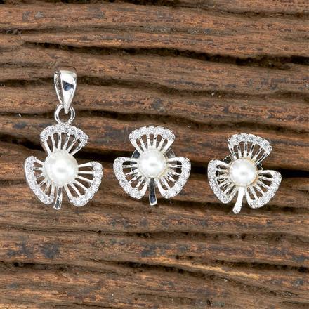 405964 Cz Delicate Pendant set With Rhodium Plating