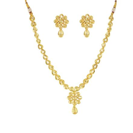 40602 Kundan Classic Necklace with gold plating