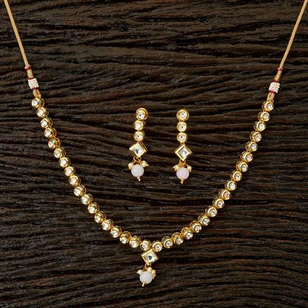 41762 Kundan Delicate Necklace with gold plating