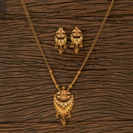 530036 Antique Delicate Pendant set with Matte Gold Plating