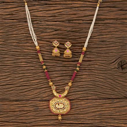 530111 Antique Mala Pendant Set With Matte Gold Plating