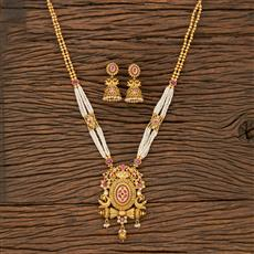 530136 Antique Peacock Pendant Set With Matte Gold Plating