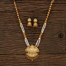 530142 Antique Peacock Pendant Set With Matte Gold Plating