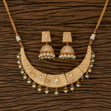 620042 Kundan Classic Necklace with Gold Plating