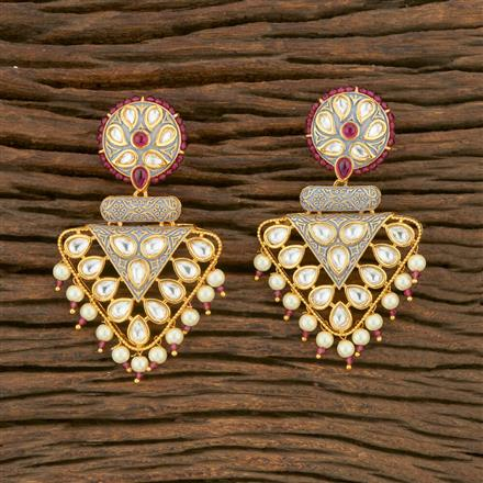 650018 Kundan Classic Earring With Gold Plating