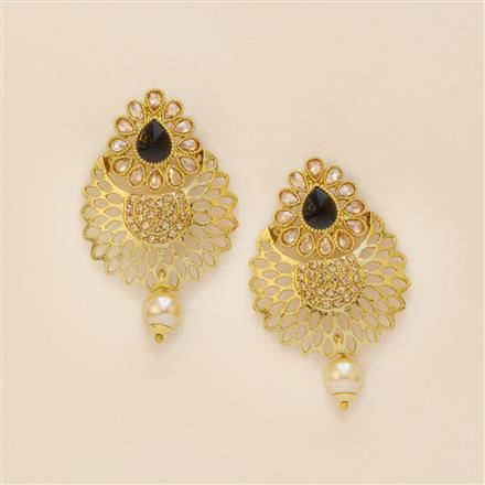 8225 Indo Western Short Earring with mehndi plating