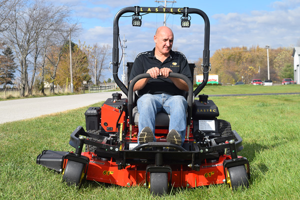 ZERO TURN MOWERS FOR COMMERCIAL APPLICATIONS
