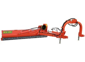 XL Offsetting Flail Mower