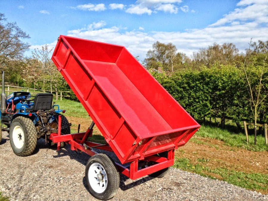 Tipping Trailer TL1000 1.5tn Capacity
