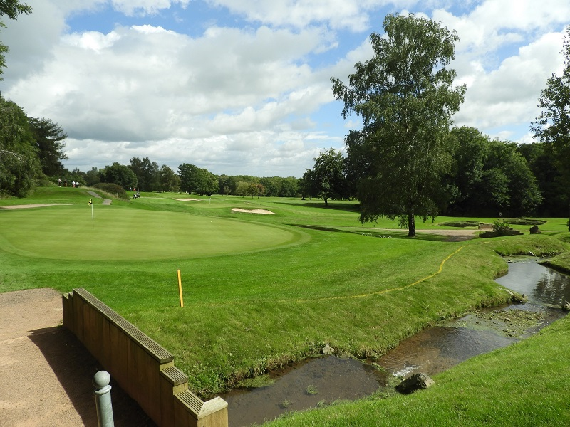 Golf Course Manager finds winning formula with Agrovista Amenity