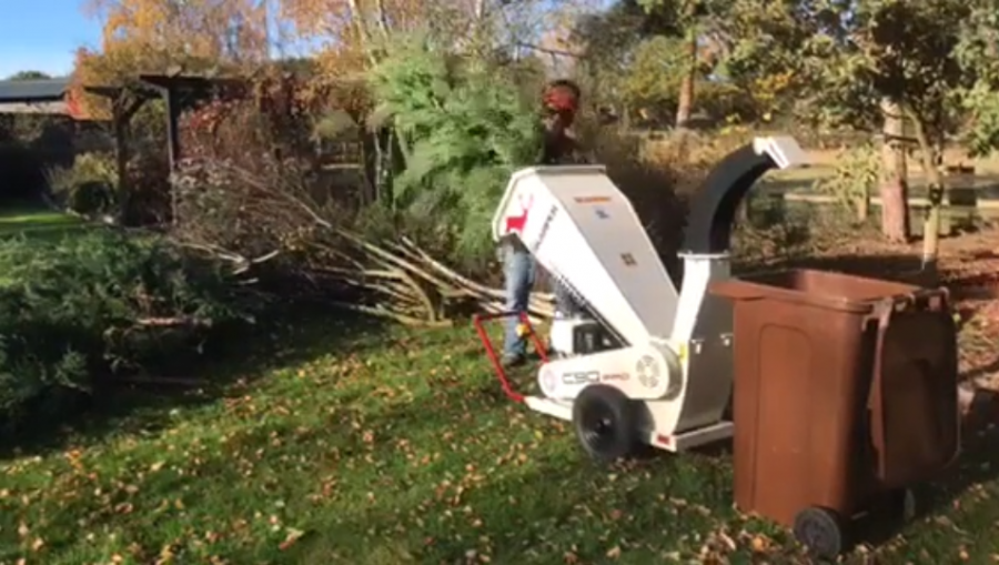 Skarper C90 PRO best small chipper big branches